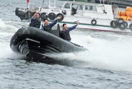 13-06-09-065機動艇21号.jpg